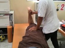 椎間板ヘルニアと脊柱管狭窄症の直接の原因は大体同じ。