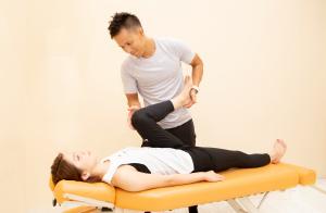 痛みの根本を治療して改善し、再発しない身体づくり